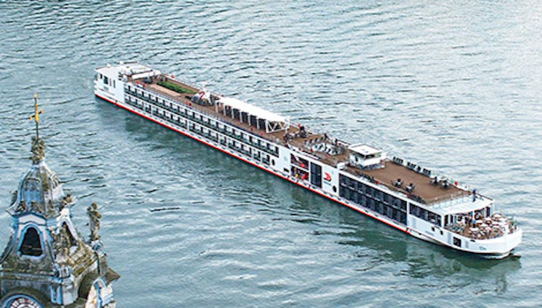 Viking Longship Hild