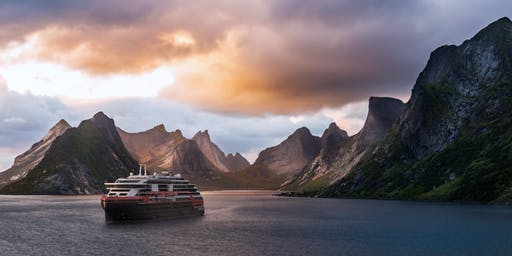 Shipboard Credit on Hurtigruten